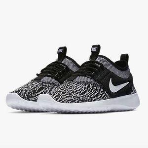 923f40e7d24 Nike Shoes - Nike Juvenate Knit Jacquard Black White